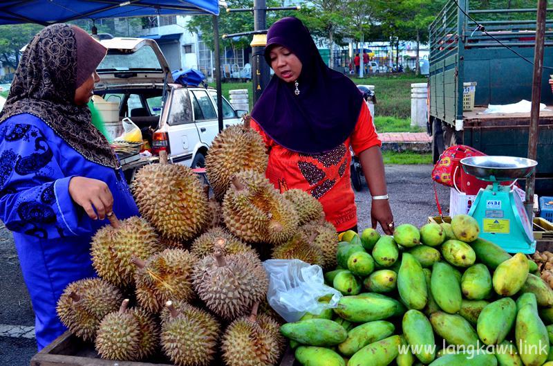 ランカウイ ナイト マーケット (Langkawi Night Market)