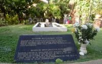 マスリ王女の墓 (Makam Mahsuri)