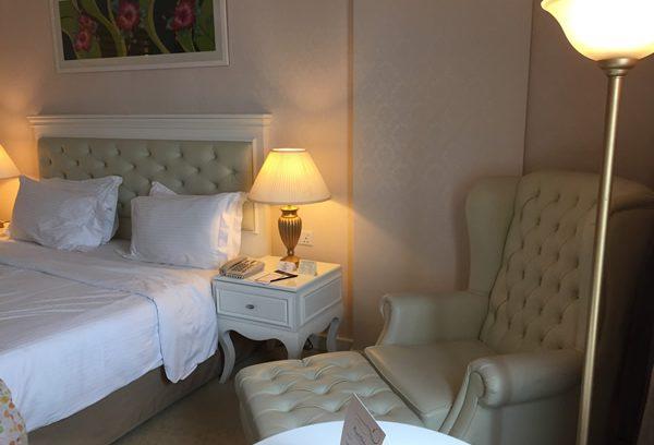 ショッピングモール直結!ホワイトカラーが素敵なKLホテル【Royale Chulan Damansara】